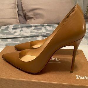 Christian Louboutin decolotish nude/brown heels